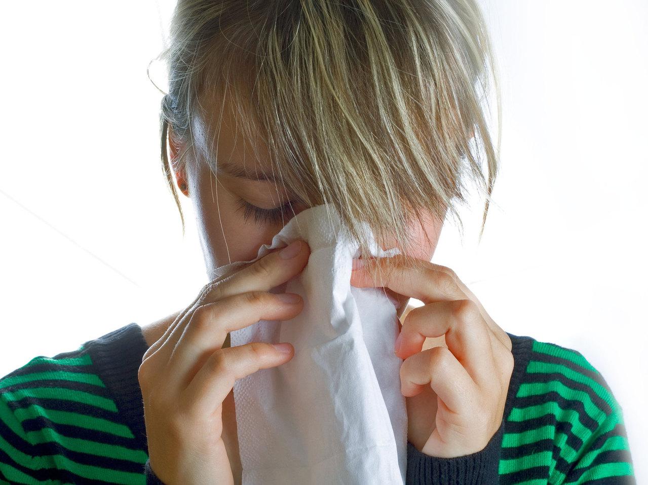 sneeze 1431371 1279×956